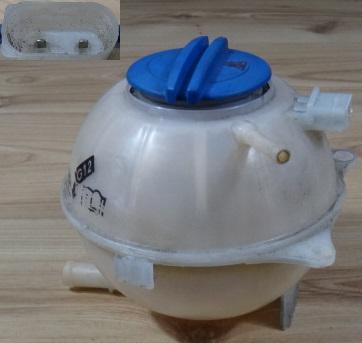 Seat IBIZA III 05 R1.4 16V Kompenzačná nádrž