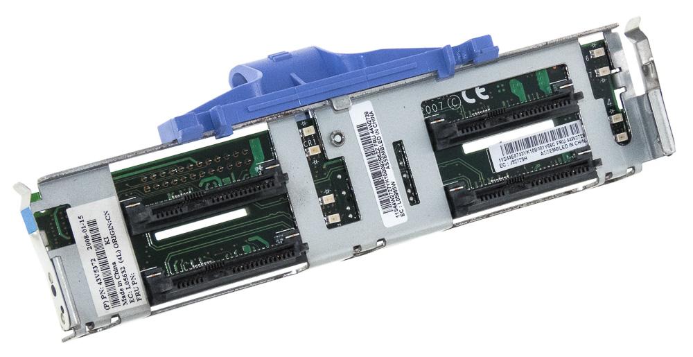 Купить IBM 44W2728 объединительной платы SAS/SATA 4x 2.5'' X3850 на Otpravka - цены и фото - доставка из Польши и стран Европы в Украину.