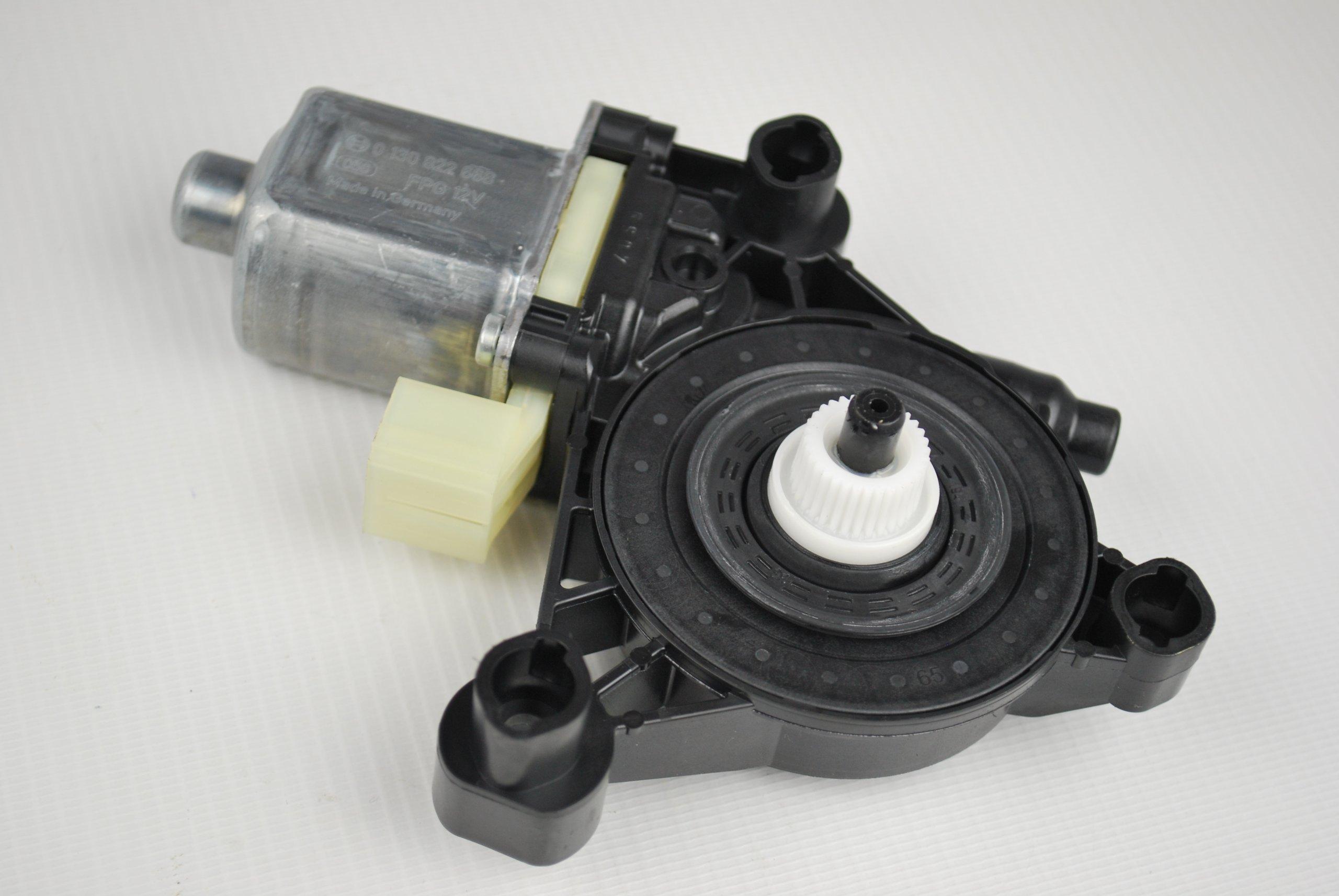 Двигатель подъема стекла Audi A4 S4 8W0959812