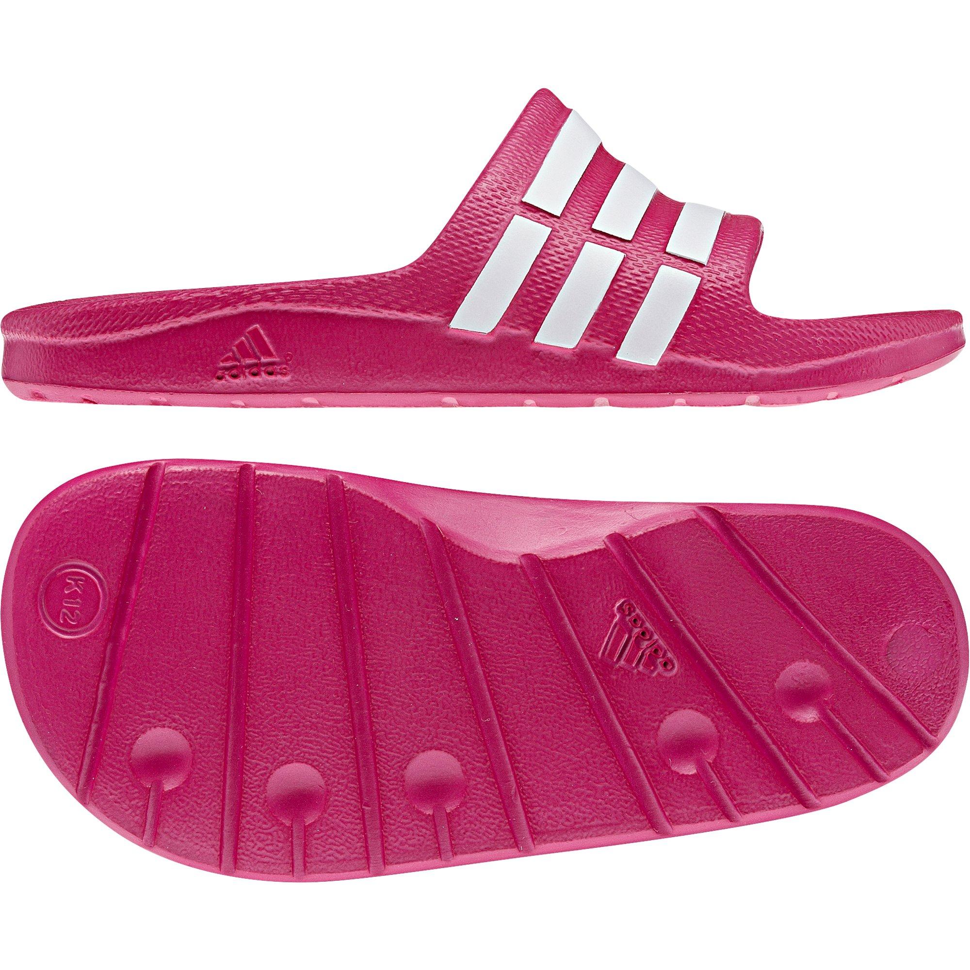 Купить шлепанцы adidas года 6 38  G06797 на Eurozakup - цены и фото - доставка из Польши и стран Европы в Украину.