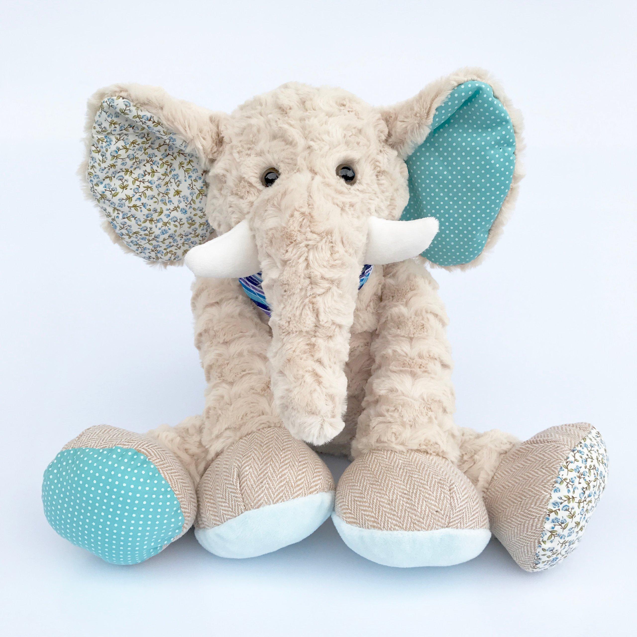 картинки плюшевых слоников важным для