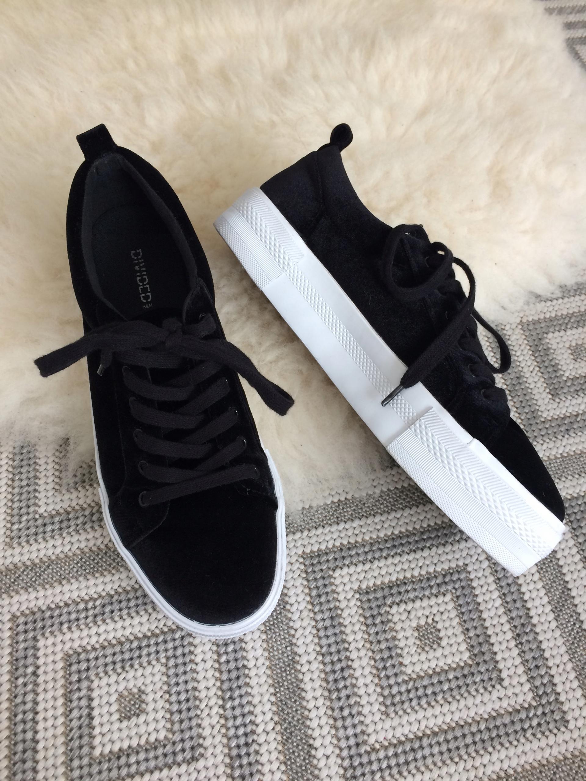 H&M czarne aksamitne buty platforma 40