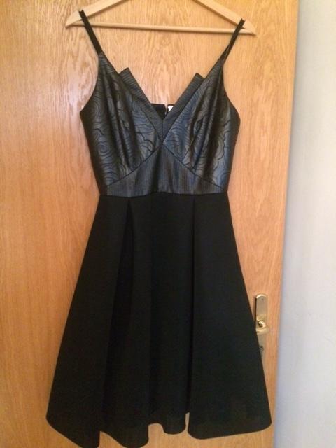 a5b5c2d71b czarna sukienka MOLTON 36 s cena sklepowa 499 pln - 7693586965 ...