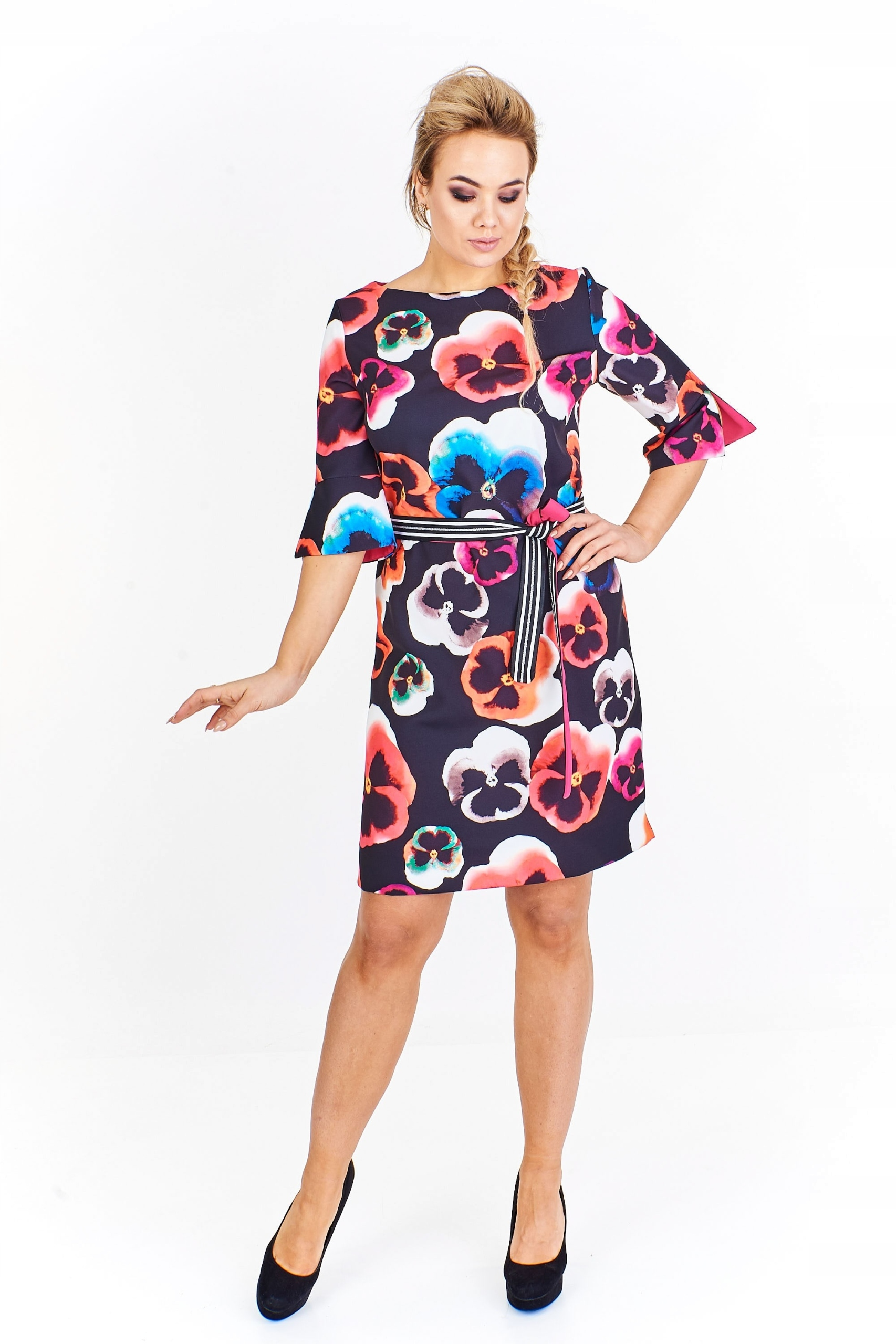 8ad7e4df57 Sukienka w kwiaty Czarny 42 - 7447158726 - oficjalne archiwum allegro