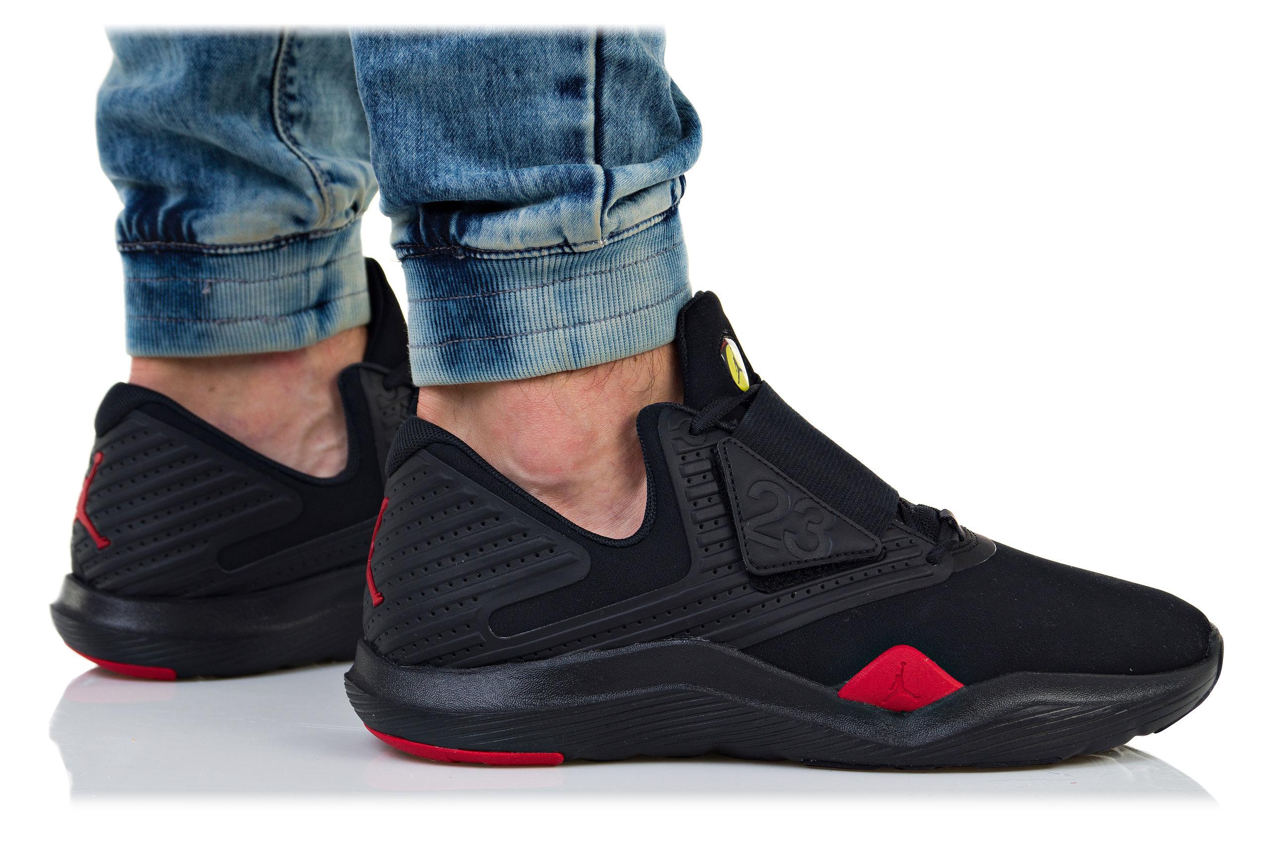 Nike Jordan Relentless AJ7990 003