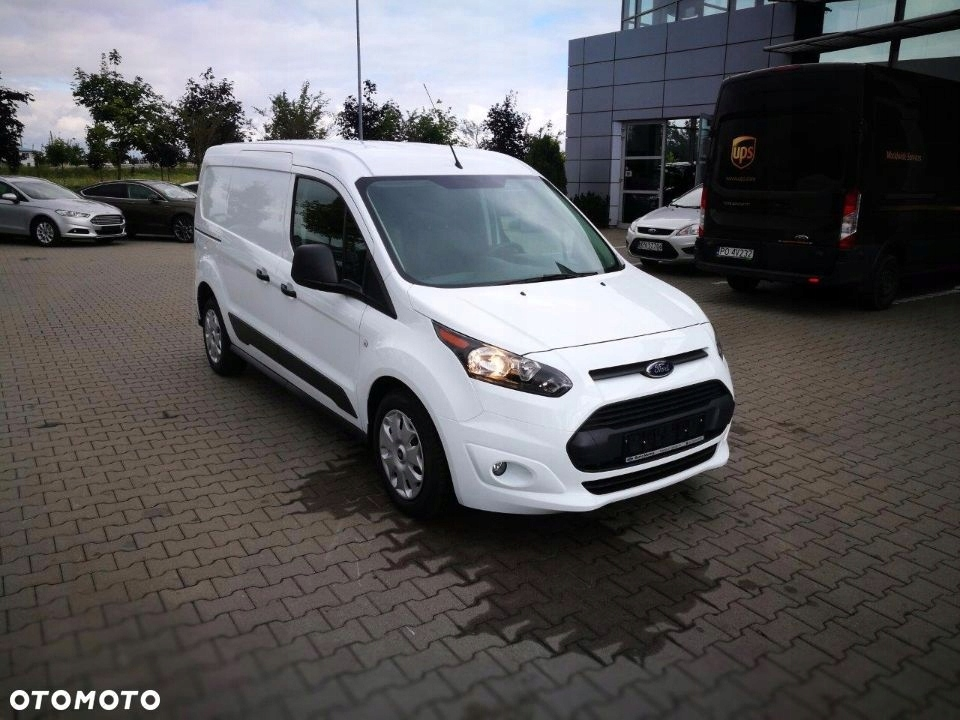 Ford Transit connect 2017 trend biały