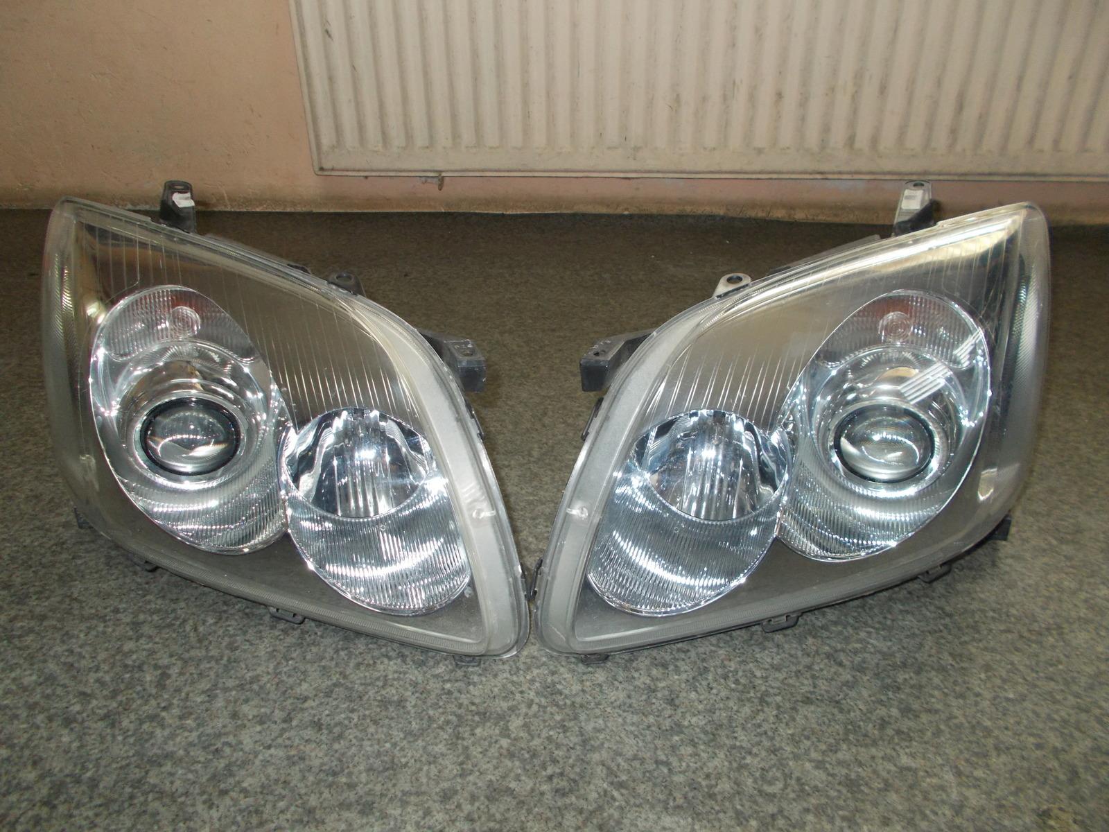 Toyota Anensis T25 T 25 Lampy Przednie Komplet 7153492306