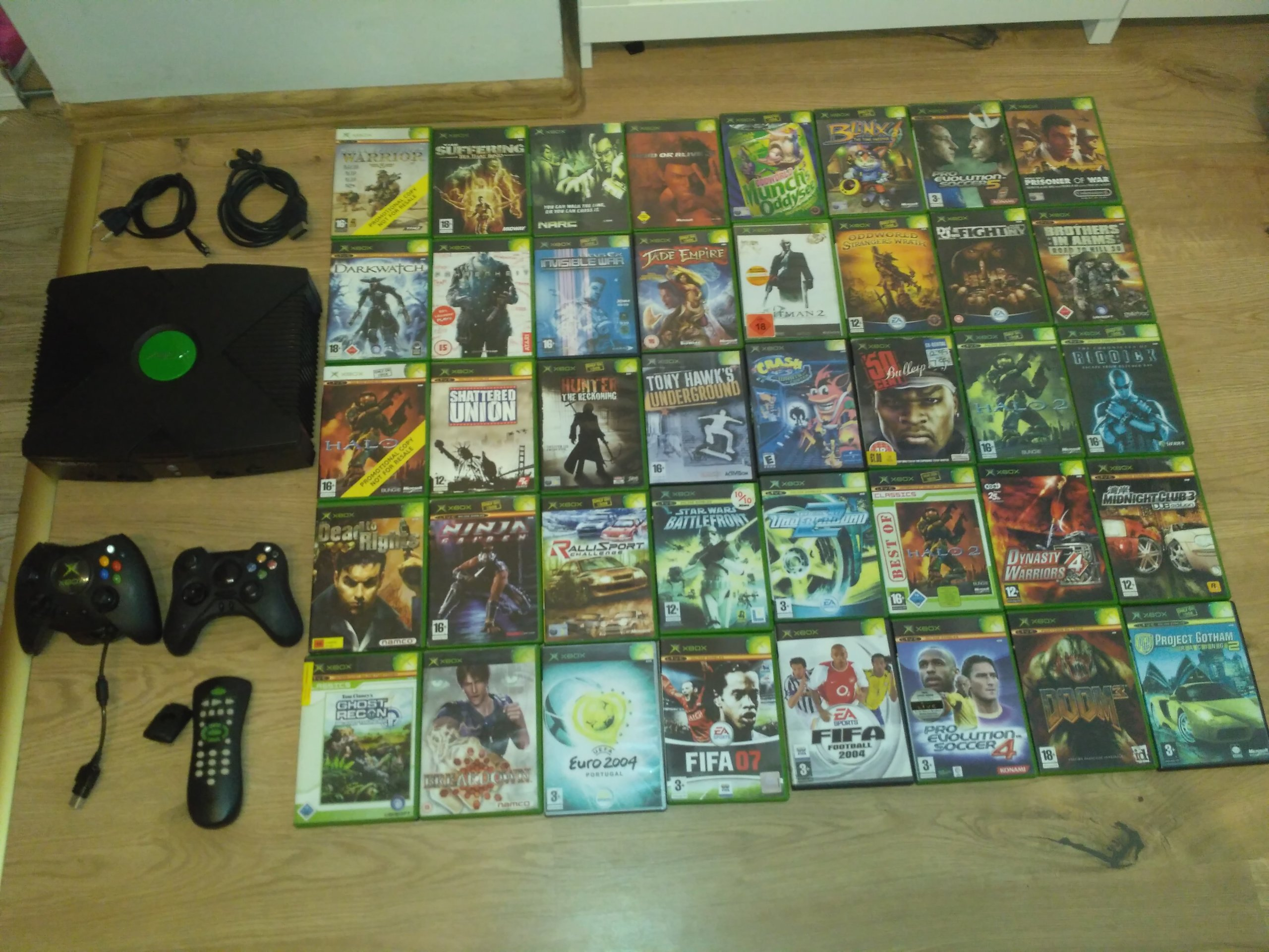 Xbox Classic + 40 Gier + pady + DVD KIT + SOFTMOD