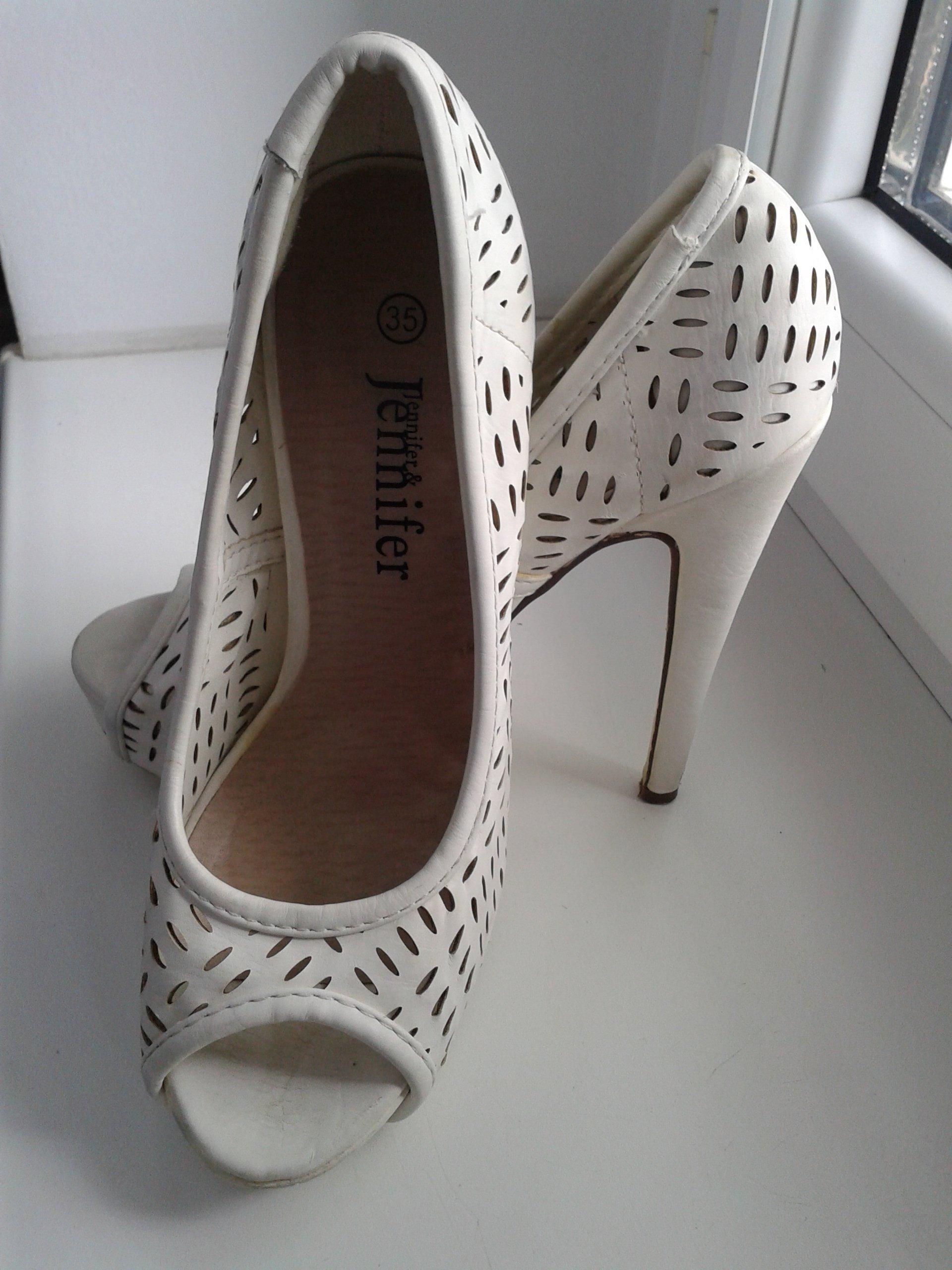 8b2cc4b4 Wysokie białe szpilki / damskie buty - rozm. 35 - 7403378988 ...