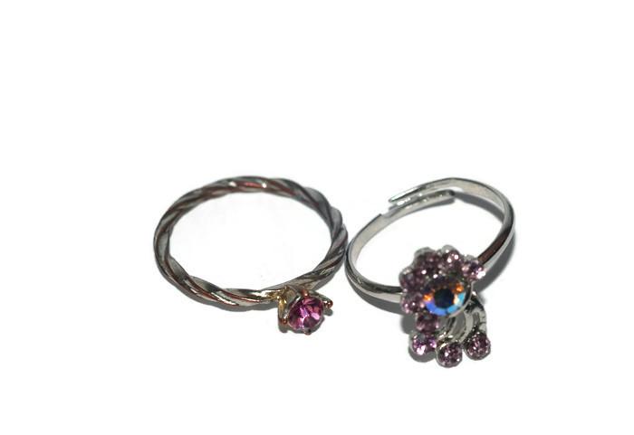 97fd0368b913d3 Piękne dwa pierścionki z cyrkoniami. - 7057436476 - oficjalne ...
