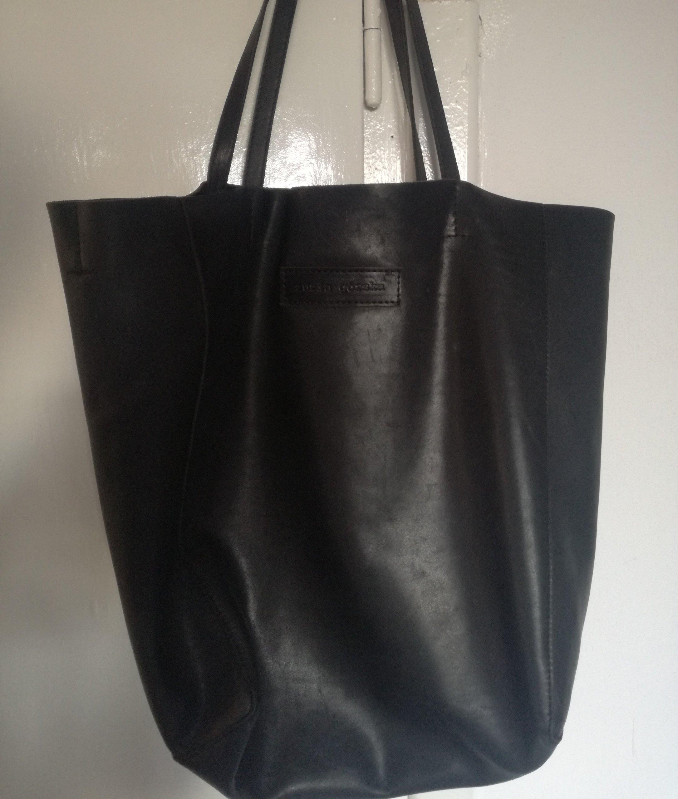 052990aaac003 Zuzia Górska torba shopper czarna skóra Buffalo - 7200203362 ...