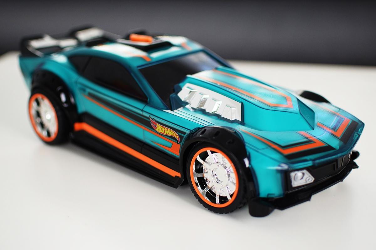 Fotografia 7 Bočný pohľad na Hyper Racer