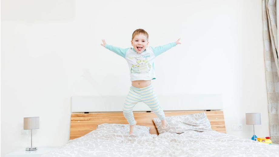 Wybieramy idealną piżamę dla chłopca na chłodne dni
