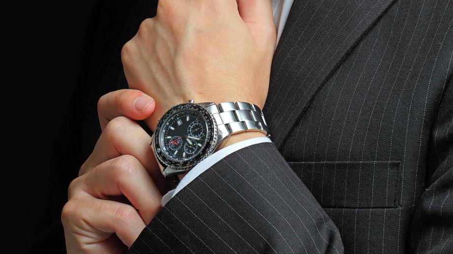 Zegarki nakręcane ręcznie – klasyka czy snobizm?