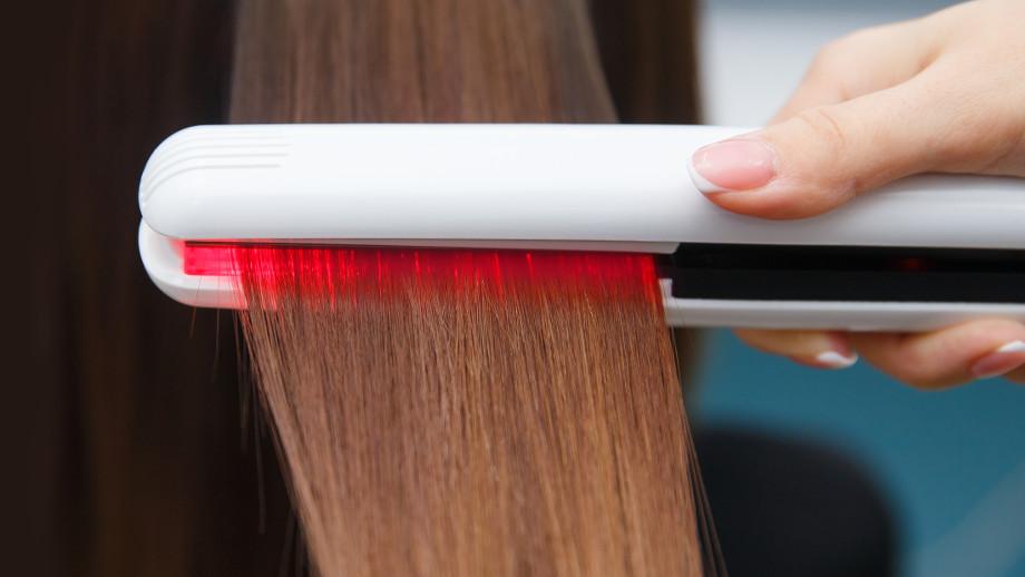 Prostownica do włosów z podczerwienią – co daje i jaką wybrać?