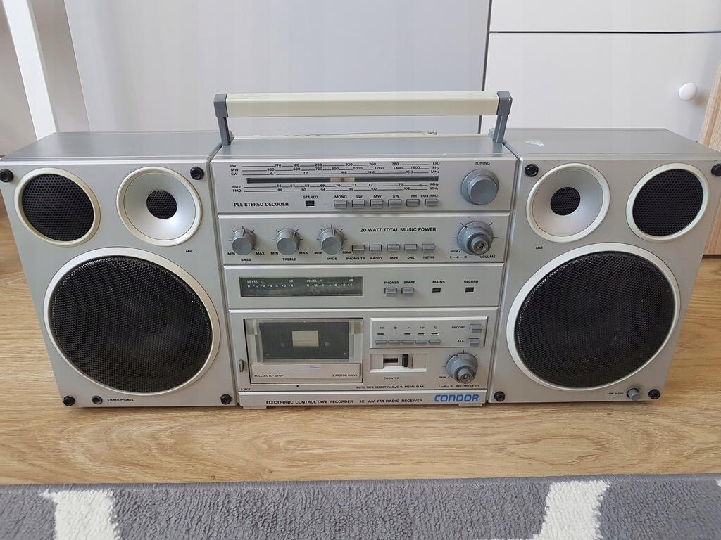 Zabytkowy Radiomagnetofon Condor