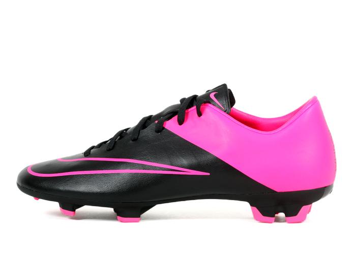 Biało różowe buty piłkarskie Nike Mercurial Victory FG 651632 107
