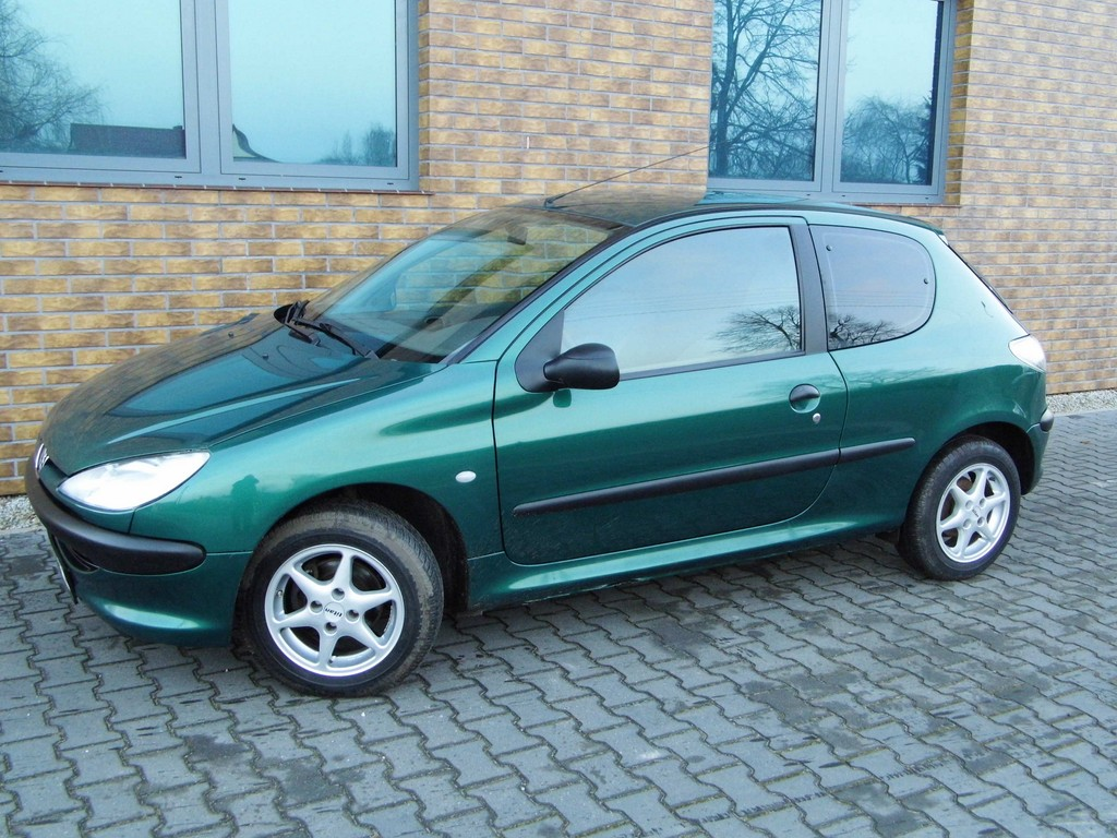 Sliczny Peugeot 206 1 1 Klima Wspoma Alu Oplacony 7094680138 Oficjalne Archiwum Allegro