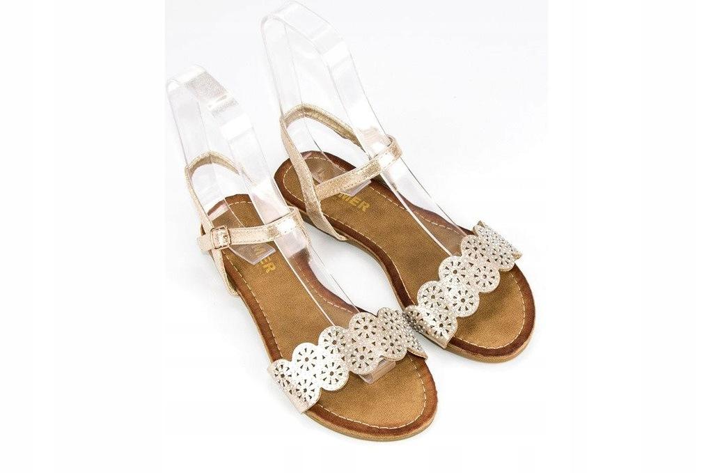 Comer Płaskie sandały zapinane na sprzączkę różowe | Sandały