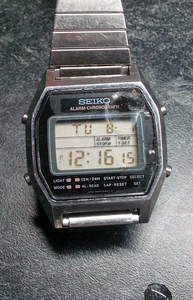 Japoński zegarek LCD Seiko A939-5009