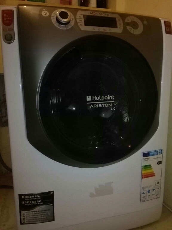 Pralka Hotpoint-Ariston AQ83D