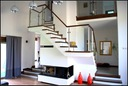 ADMAR schody z drewna , balustrada szklana ***