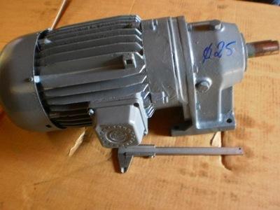 motoreduktor 320 obr silnik elektryczny 3 kw