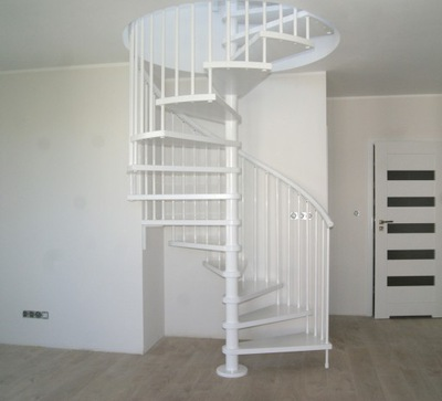 Točité schodisko, CORA model Madrid 02 110 cm
